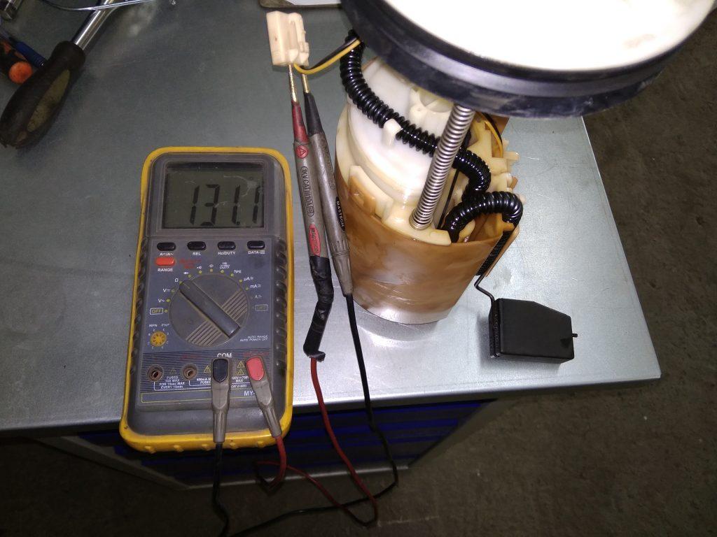проверка сопротивления датчика уровня топлива цешкой хонда