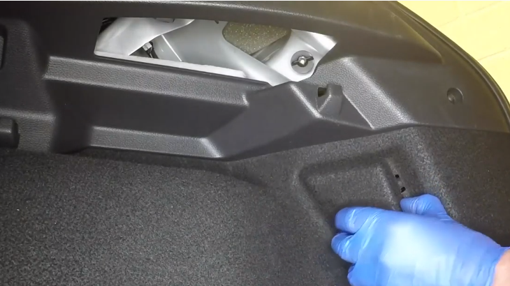Форд Фокус 3 замена ламп в заднем фонаре