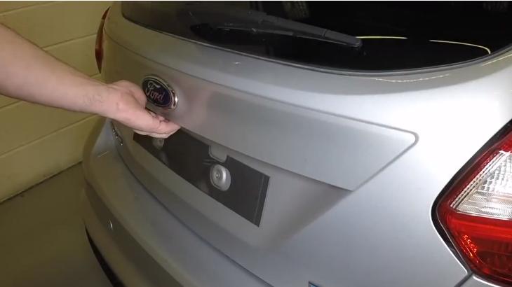 Как заменить колесо на Форд Фокус 3 своими руками